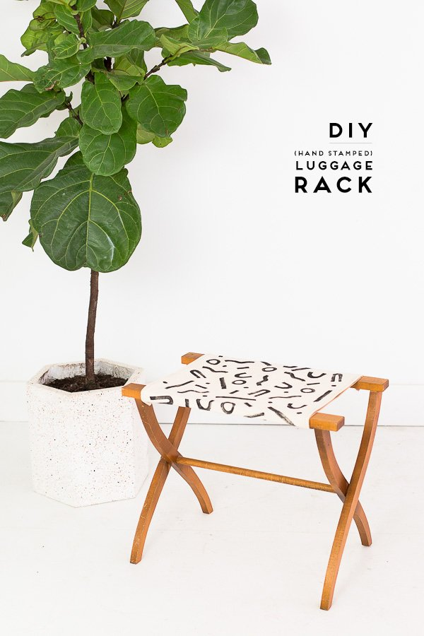 DIY luggage rack! Get ready for guests all season long with a handsewn, handstamped DIY luggage rack! #luggagerack #travel #diy #tutorial #blockprinting #blockprint #linoblock #handstamped