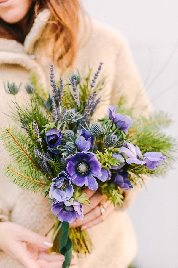An ultra violet bouquet inspired by Pantone's 2018 Color of the Year. 2018 Pantone Color of the Year. Are you a fan? Click through to weigh in and see a DIY bouquet inspired by the newest Pantone favorite. #purple #ultraviolet #flowers #floral #pantone #coloroftheyear #bouquet