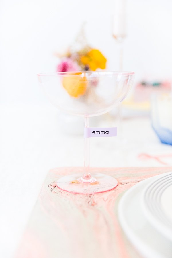 Spring Entertaining Idea: Make drink markers for parties that double as place cards. Click through for all 6 simple tablescape ideas for spring and Easter entertaining. #entertaining #modernentertaining #easter #pastels #flowerpower #floralcenterpiece #diy