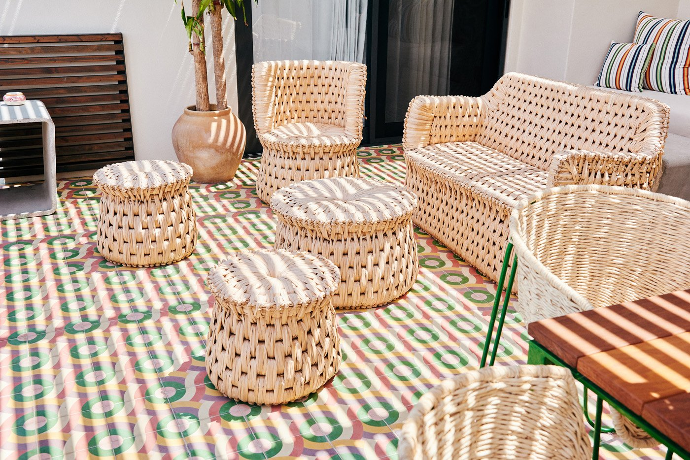 11 Steps to Resort Decor: How to Bring Vacation Vibes Home When Getting inspiration from Hotel San Christobal. 11 Steps to Resort Decor: How to Bring Vacation Vibes Home When You Can't Get Away #resortdecor #rattan #tropicalrug