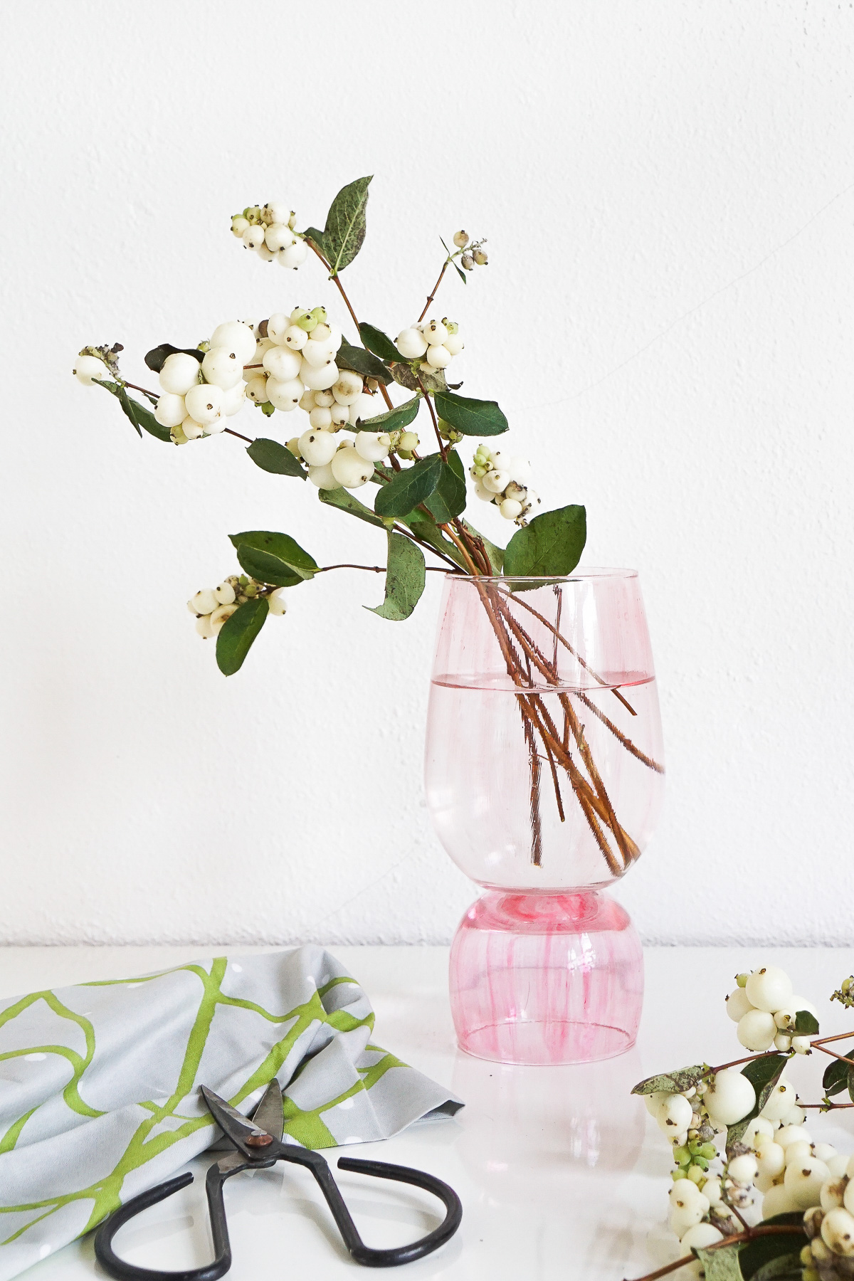 Love this idea from Sugar & Cloth. Perfect gift idea for Mother's Day! Check out my ultimate Mother's Day Gift Guide: Gifts You Can DIY for more ideas like this! #mothersday #giftideas #diygifts