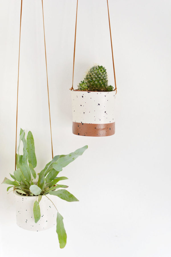 DIY Faux Ceramic Planters from Burkatron. Check out 25 Planters You Can DIY! #plants #diyplanter #planter #pots