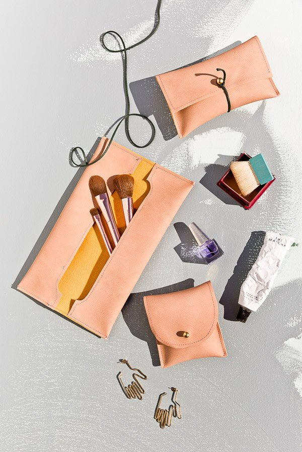 DIY Sewn Leather Pouches (Three Ways). Click through for all three tutorials for these handy leather pouches. Great gift idea and SO easy! #diygift #diy #sewing #sewingtutorial #leather
