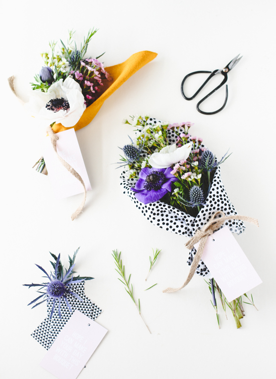 Give the gift of a simply but beautifully wrapped bouquet this Mother's Day. Check out my ultimate Mother's Day Gift Guide: Gifts You Can DIY for more ideas! #mothersday #giftideas #diygifts
