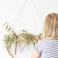 Hanging in There: A Minimal Wall Hanging DIY that Doubles as a Plant Holder