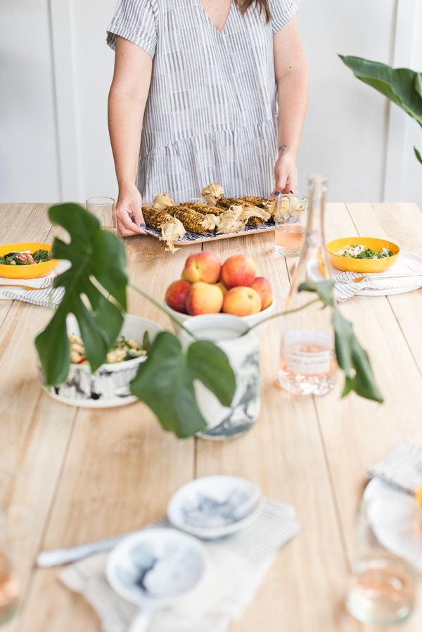 Summer essentials for outdoor entertaining with Brittni Mehlhoff of Paper and Stitch. #summer #summerentertaining