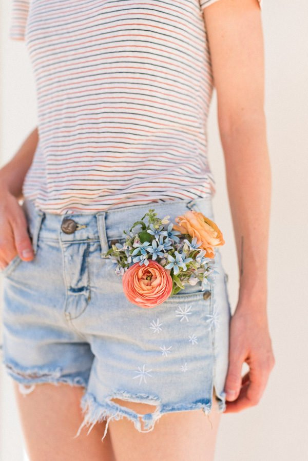 A Fireworks Inspired Jean Shorts Idea for Summer #julyfourth #fourthofjuly #diy #jeanshorts #embroidery #summerdiy