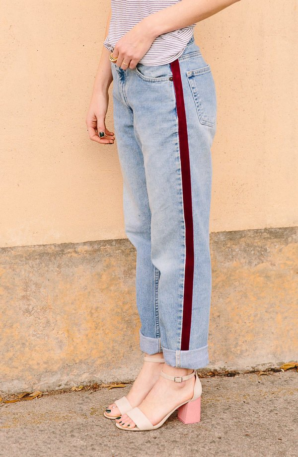 DIY No-Sew Stripe Pant Tutorial. Check out 13 Ways to Upgrade Denim Clothing. #denim #denimdiy #jeansdiy #fashiondiy
