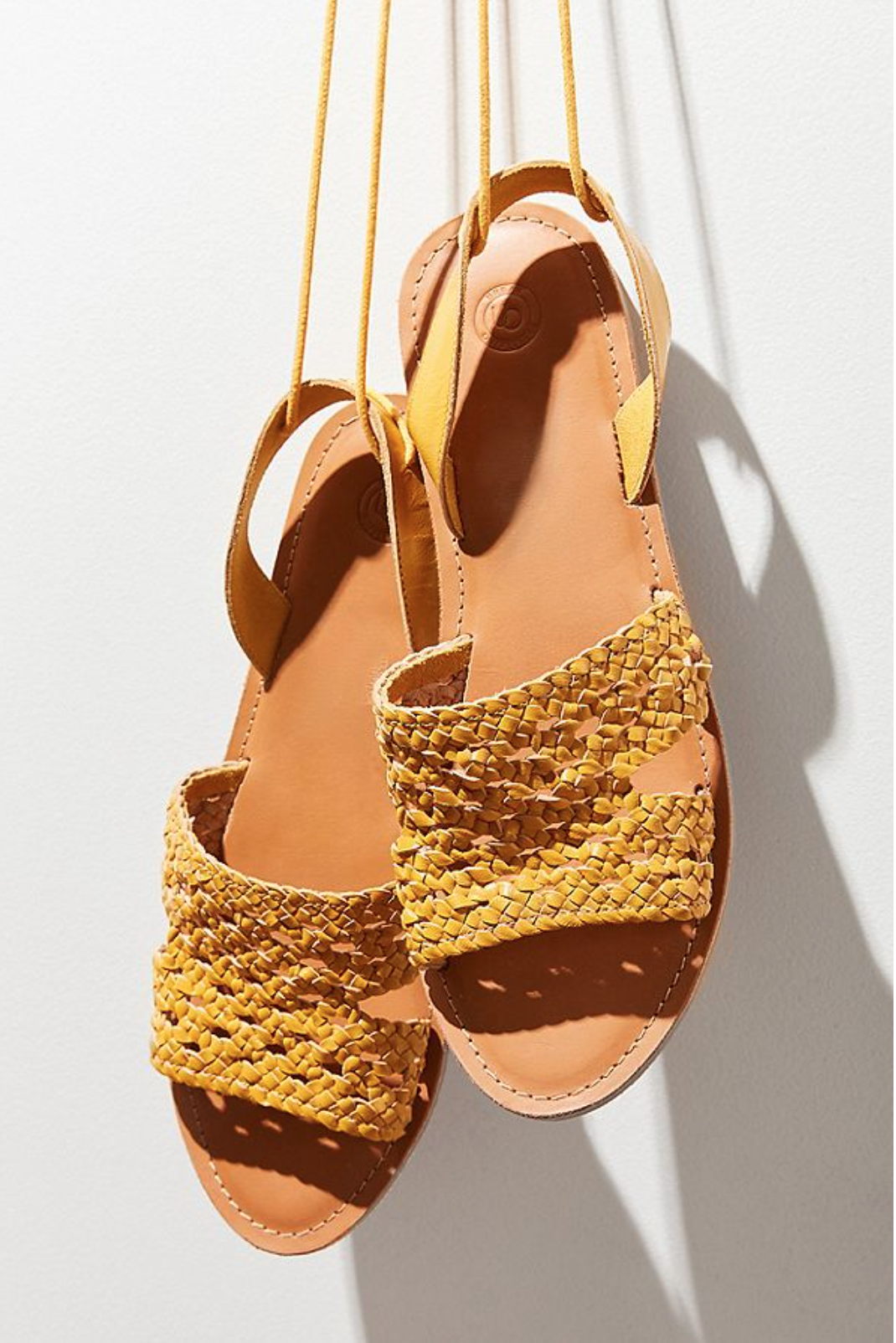 Put Your Best Foot Forward: The Coolest Summer Sandals for Every Budget - Paper and Stitch
