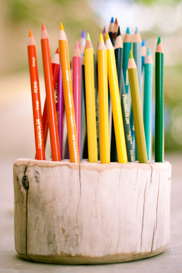 DIY pencil holder for back to school. Click through for all 24 unique back to school ideas. #backtoschool #backtoschooldiy #diy #diyideas #backtoschoolideas