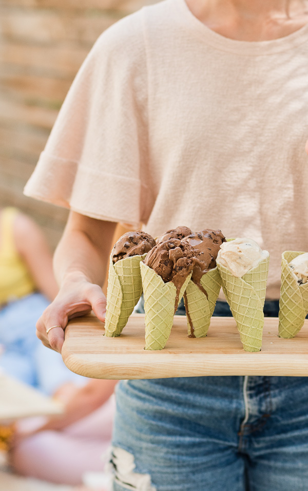Here's an end of summer DIY to try! Click through to make a DIY ice cream cone holder from a wood serving tray. #summer #summerentertaining #summerdiy #diyideas #diyentertaining #icecream