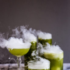 Bottoms Up! How to Make Batch Cocktails for Halloween (That Look Cool and Spooky and Stuff)