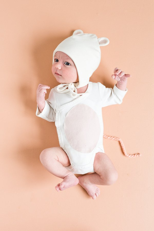 Boo! 3 Last Minute Halloween Costumes for Babies that Are Actually Super Cute. #halloween #halloweencostume #diyhalloween #diyhalloweencostume #animalcostume #babycostume #mousecostume