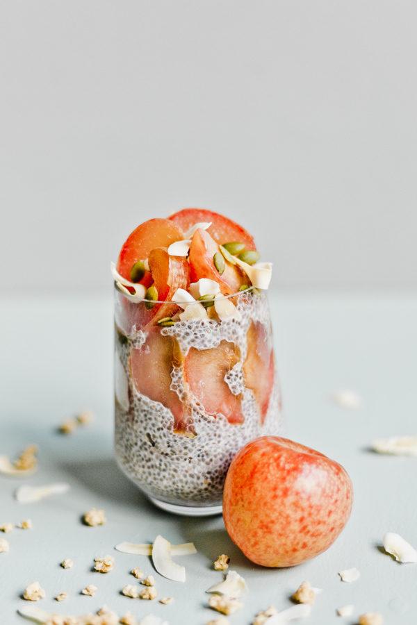 Pretty chia seed parfaits! #breakfastrecipe #easyrecipe #parfait #chiaseeds #breakfastideas #easybreakfast