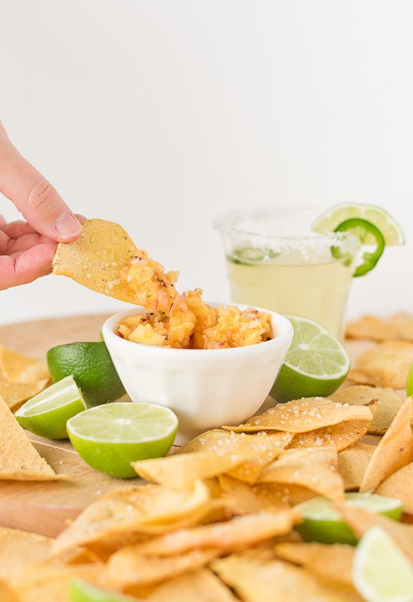 Homemade Lime Chips and (Three) Salsa Recipes for Cinco de Mayo. #chipsandsalsa #homemadechips #homemadesalsa #cincodemayo #recipe