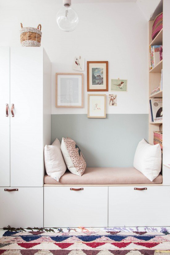 Swap out traditional seating for a trendy storage bench like this one from Avenue Lifestyle. There's tons of room for anything that you want to hide away, plus a cute place to sit and read or take a nap. #organization #organized