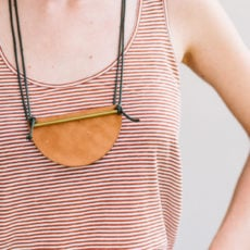 30 Minute DIY to Try: How to Make a Unique DIY Necklace with Brass and Leather
