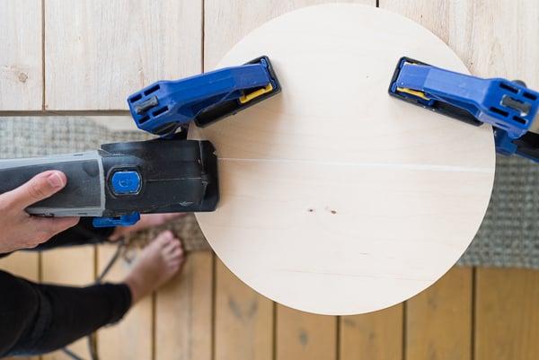 DIY Modern Wood Wall Hanging! Step 2: Cut wood pieces down to size. #diy #diyart #wallhanging #wood
