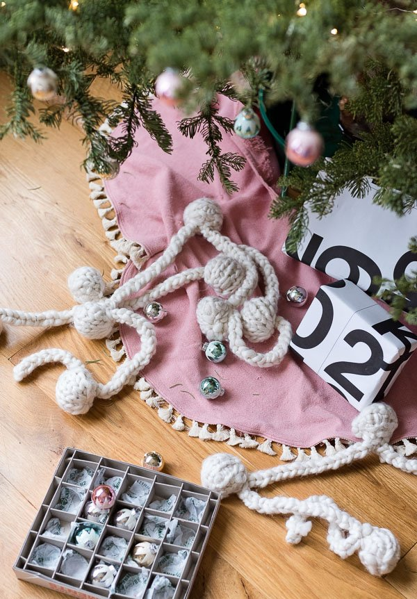 Pink dyed Xmas tree skirt with tassels