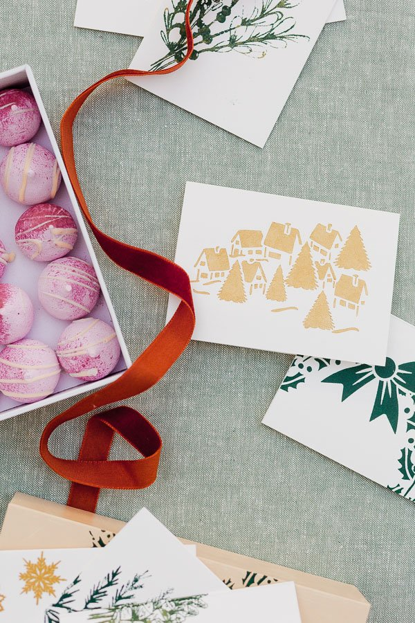 DIY holiday greeting cards in gold and green